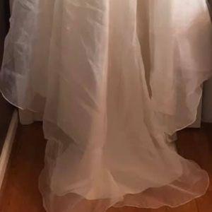 Size 6 strapless wedding dress, worn for 1 hour